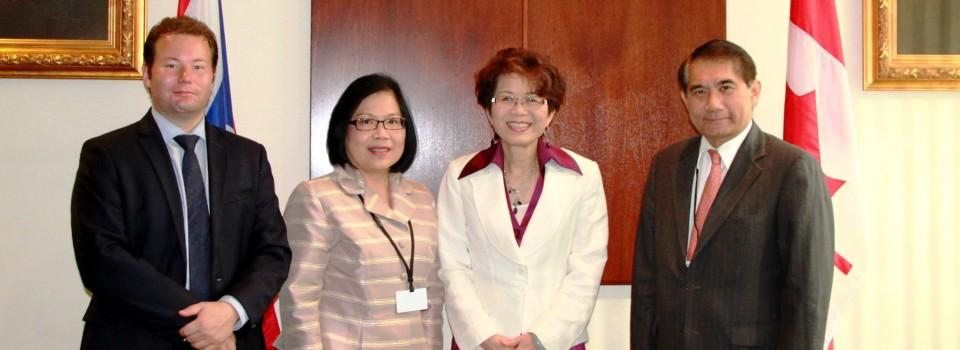 ปลัดกระทรวงการต่างประเทศพบหารือกับนาง Teresa Wat รัฐมนตรีการค้าระหว่างประเทศรัฐบริติชโคลัมเบีย