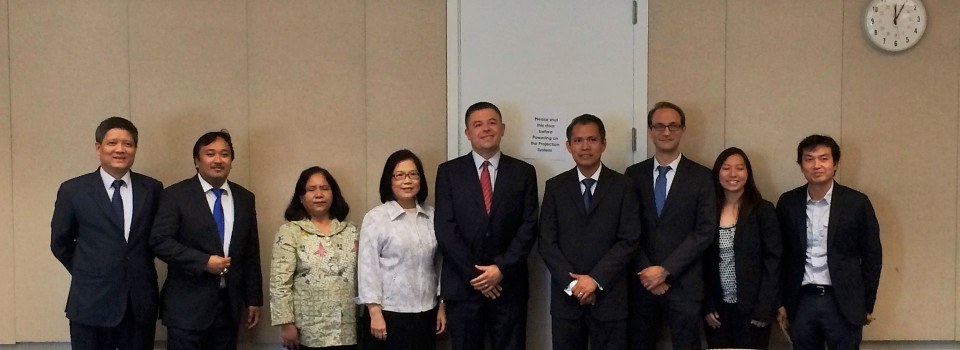 Consul-General of Thailand in Vancouver met with Director of Institute of Asian Research, University of British Columbia